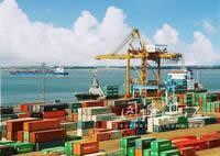 南方大港--繁忙的湛江集装箱码头