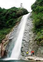 五府山--垂帘瀑